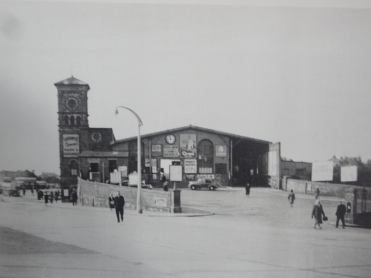 Bangor Train station in the 1950s.