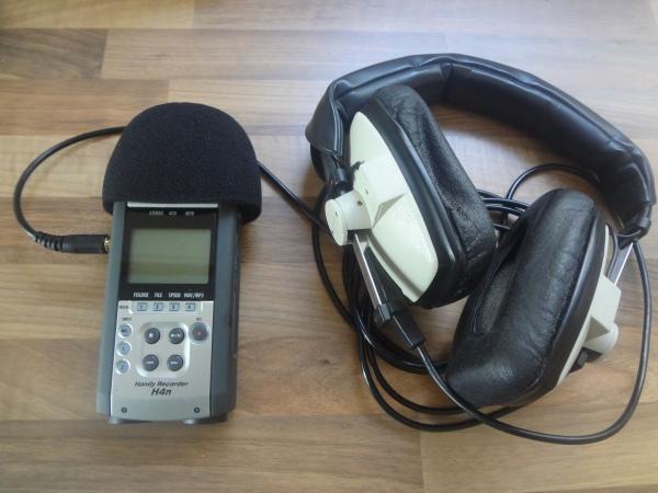 Zoom H4N hand Recorder and DT100 Beyerdynamic headphones.