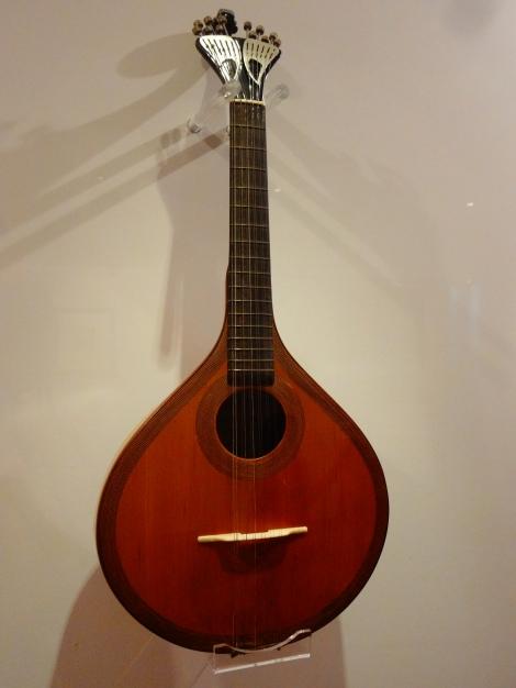 Portuguese Guitarra.