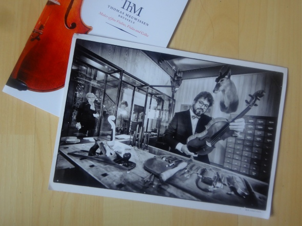 Thomas Meuwissen, Belgium Instrument maker of fine Violins, Violas and Cellos. Workshop at MIM, Brussels, Belgium.